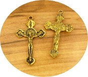 Beautiful Antique Gold Finish Crucifix 3.3 x 2.1cm with Saint Benedict Halo Pendant Rosary Parts