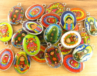 "25 PCS Mixed 3/4"" Epoxy Color Picture Silver Plated oval medal Catholic charms pendants etc"